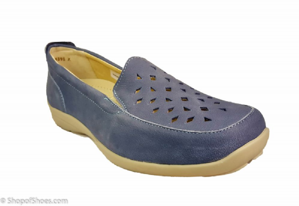 Elsie 2V variable fit Sky Blue stylish loafer